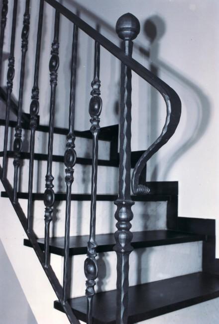 Decori per ringhiere in ferro battuto colori per - Colori per scale interne ...