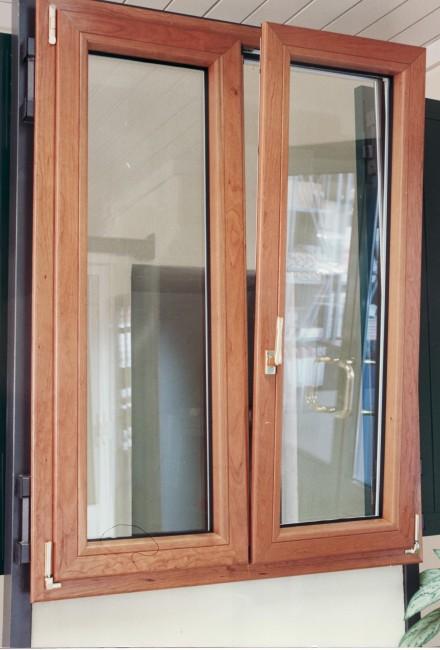 Finestre in alluminio officine bacigalupi srl - Riparazione finestre vasistas ...