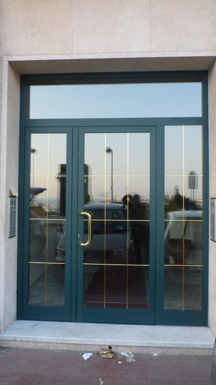 Porte Portoni In Alluminio Officine Bacigalupi Srl
