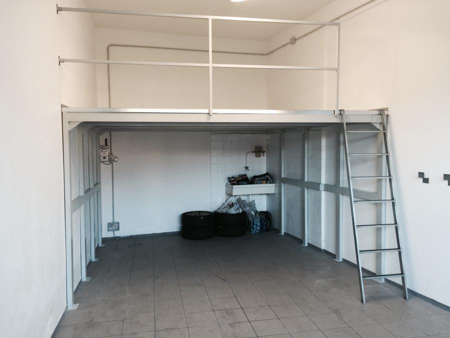 Soppalchi in legno per box profilati alluminio for Costo per costruire un garage per due auto